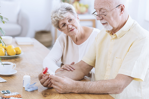 When it comes to managing heart disease medications, a little organization and planning goes a long way.